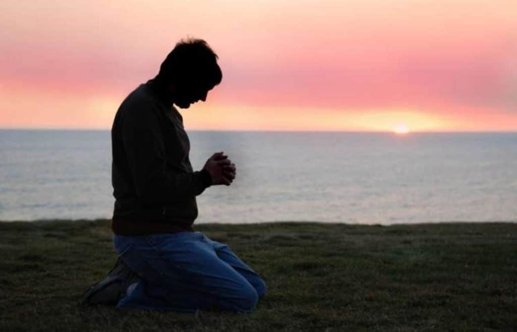 oración a san miguel arcángel para deshacer brujería