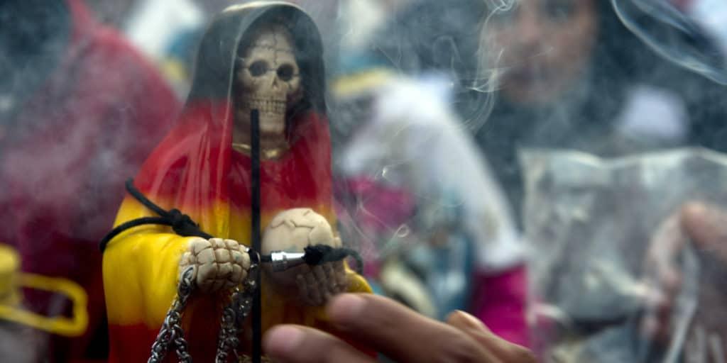 Qué pide a cambio la santa muerte